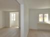 ROOMS4 - topmodernisierte 4,5 Zimmer Wohnung mit großem Balkon - Erkerzimmer