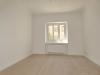 ROOMS4 - topmodernisierte 4,5 Zimmer-Wohnung mit Gartenanteil - Büro unmöbliert