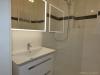 ROOMS4 - topmodernisierte 3 Zimmer Wohnung mit Balkon und Lift in charmanten Stadthaus - Duschbad