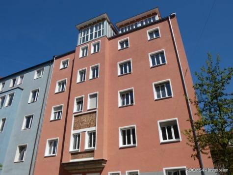ROOMS4 – topmodernisierte 3 Zimmer Wohnung mit Balkon und Lift in charmanten Stadthaus, 90461 Nürnberg, Etagenwohnung