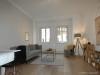 ROOMS4 - topmodernisierte 3 Zimmer Wohnung mit Balkon und Lift in charmanten Stadthaus - Wohnzimmer