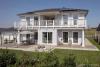 ROOMS4-Repräsentative Villa in sonniger Süd-/Westlage mit großzügigem Garten Villenkolonie Gauting - Gartenseite