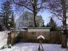 ROOMS4 - Charmantes MFH mit Ausbaureserve Dach- und Spitzboden in ruhiger, zentraler Lage in Grünwald - Blick in den Garten Atelier-Wohnung