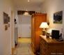 ROOMS4 - Charmantes MFH mit Ausbaureserve Dach- und Spitzboden in ruhiger, zentraler Lage in Grünwald - Atelier-Wohnung EG