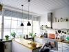 ROOMS4 - Charmantes MFH mit Ausbaureserve Dach- und Spitzboden in ruhiger, zentraler Lage in Grünwald - Wohnküche Atelier-Wohnung
