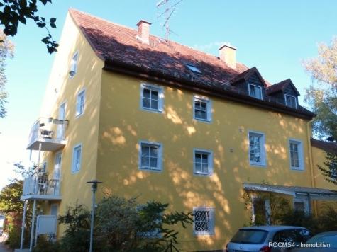 ROOMS4 – Charmantes MFH mit Ausbaureserve Dach- und Spitzboden in ruhiger, zentraler Lage in Grünwald, 82031 Grünwald, Mehrfamilienhaus